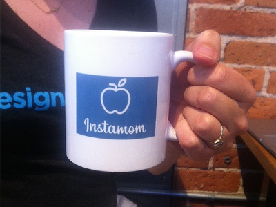 Instamom instagram coffee cup blue apple instamom