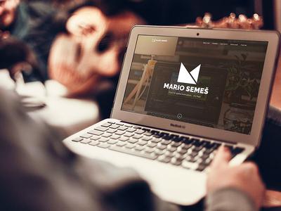 Website Showcase Mockup - MacBook Air * Freebie