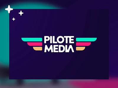 Pilote.Media stars typography wings aviation social media fushia turquoise violet goodies design logo branding
