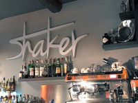 Shaker Coffe Bar - Interior Sign