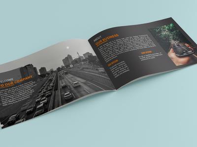 Mockup Horizontala5 Brochure 2