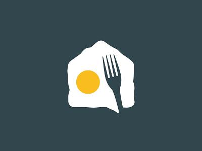 omelette talk house fork breakfast space negative illustration branding cafe restaurant logo talk breakfast bubble chat house egg omelette
