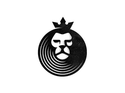 Lion Vinyl dj music vinyl crown lion logo design icon logo