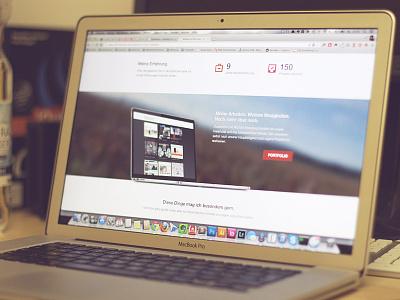 Webworker-Profile profile webworkerhannover user macbook flat simple clean