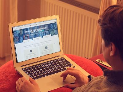 WebworkerHannover online project hanover city website screendesign simple macbook
