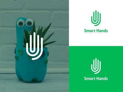 Smart Hands Logo