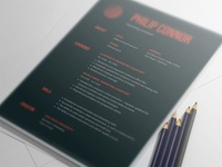 Free Dark Gradient Resume Template