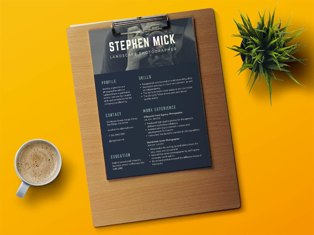 Free Modern Photographer Resume Template