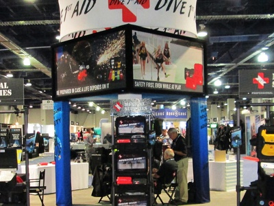 Dive and 1st Aid - Trade Show Display - 20x20 trade show design graphic design