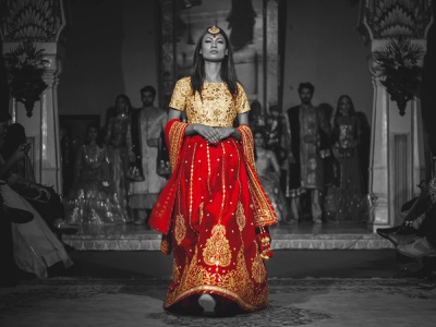ONE COLOR POTRAIT royal magazine fashion adobe photoshop design