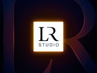 Light Retouch Studio Logo