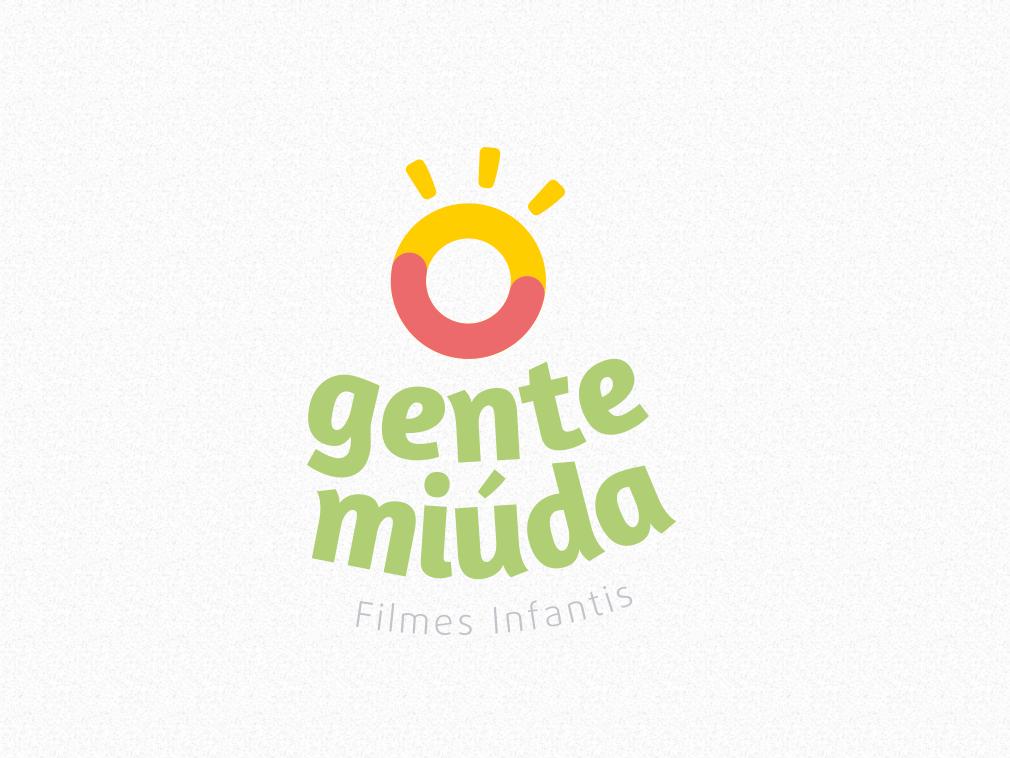 Gente Miúda - Logo Vertical kids childbook maker video maker photographer modern logo design clean branding