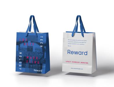 Branding bag fintech