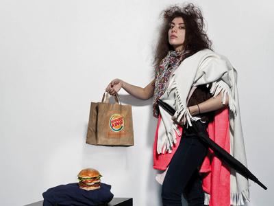 Burger King : Be king 2 copywriting photoshop advertising louisxiv photoshoot burgerking schoolproject