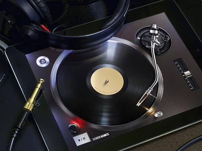 Turnplay for iPad | UI, UX, App, Design, Interface, iPhone mobile turnplay ipad turntable vinyl record player music ramotion ui app application appstore interface design realistic real tonearm light metal dj mixing button headphones jack audio sound development user interface tablet