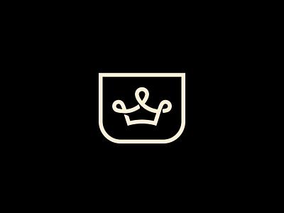 Crown crest symbol queen royal king crown