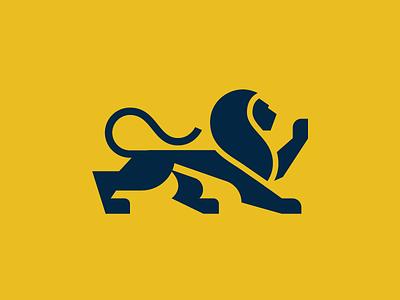 Lion coatofarms heraldry cret brave lion