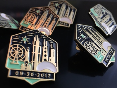 Chicago Lapel Pins - Y2Kasnic Wedding Favors architecture buildings city hancock wedding date chicago star ferris wheel wedding skyline chicago gold lapel pin