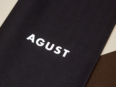 Agust coffee logo