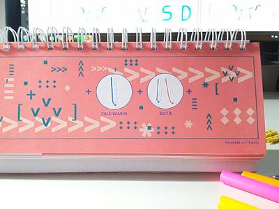 Calendar Typo art º calendario ilustracion 2019 diseño