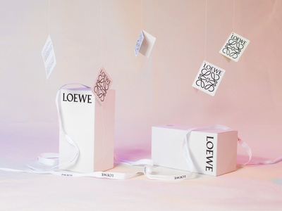 LOEWE Stop-Motion loewe fashion animation web typography stopmotion motion logo design branding idea farfalla hu farfalla creative art