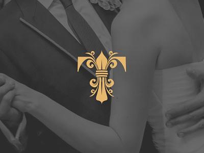 Tresor - Le Palais floral flower lis gold brading wedding events logo