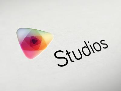 first upload logo play bariol