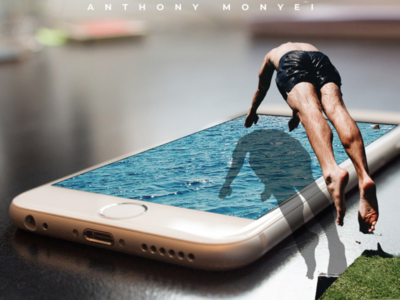 3d effect of an iPhone swimming pool.
