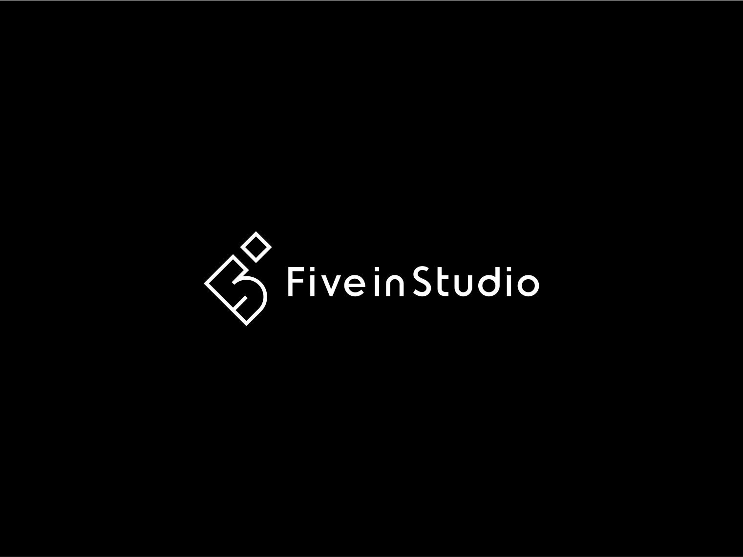 Five in studio