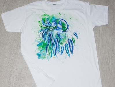 hand-painted t-shirt, fox and dreamcatcher