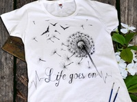 Hand-painted clothing, life goes on
