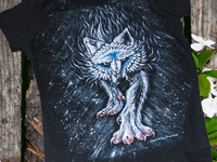 Hand-painted clothing, t-shirt, wolf