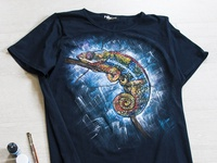 Hand-painted t-shirt, chameleon