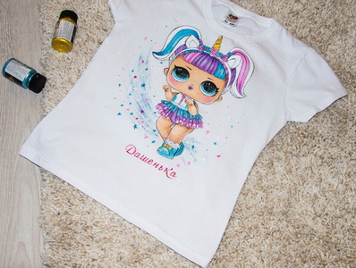 Hand-painted t-shirt for a girl