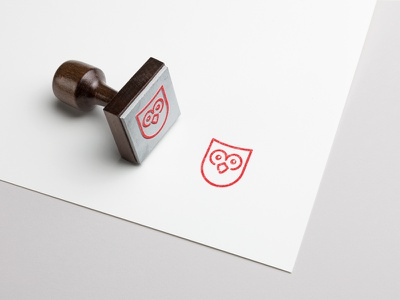 Rubber stamp - Logo for a private english teacher studio dpe stamp teacher owl etienne pigeyre english coat of arms