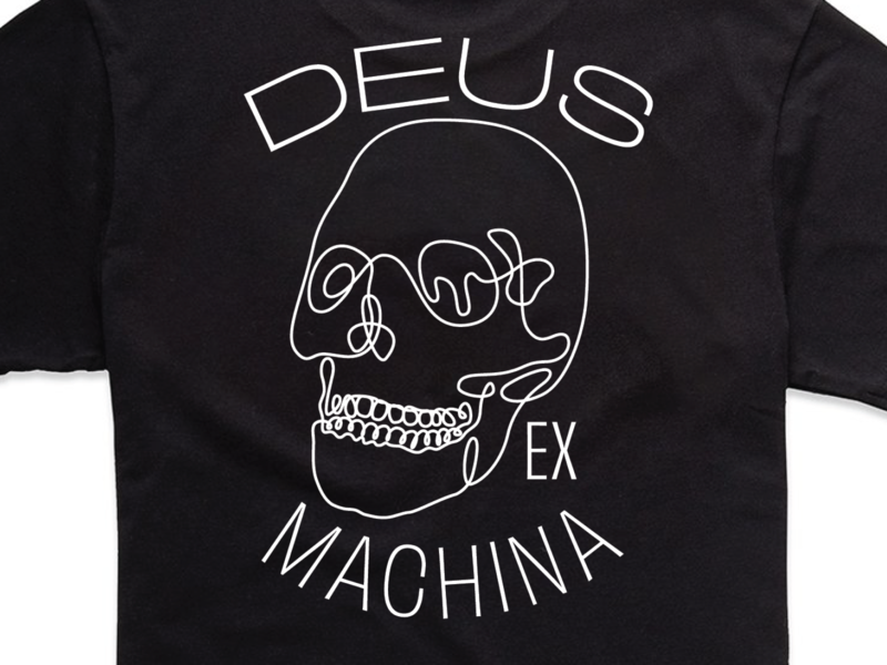 Deus skull back