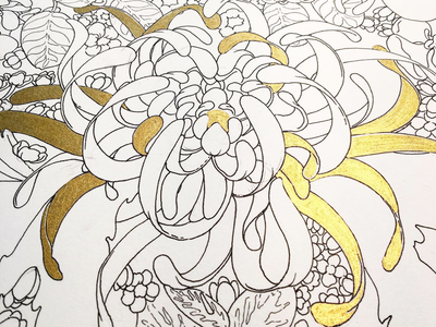 White & Gold lines gold outline
