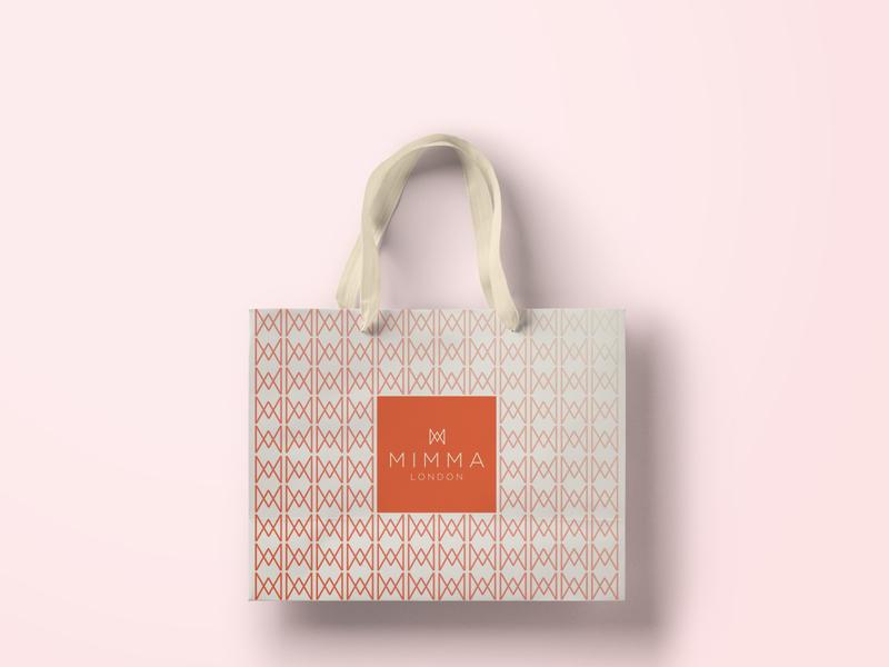 Mimma London- Branding shopping bag shopping brand design woman london luxury logo brand corporate identity design branding corporate branding