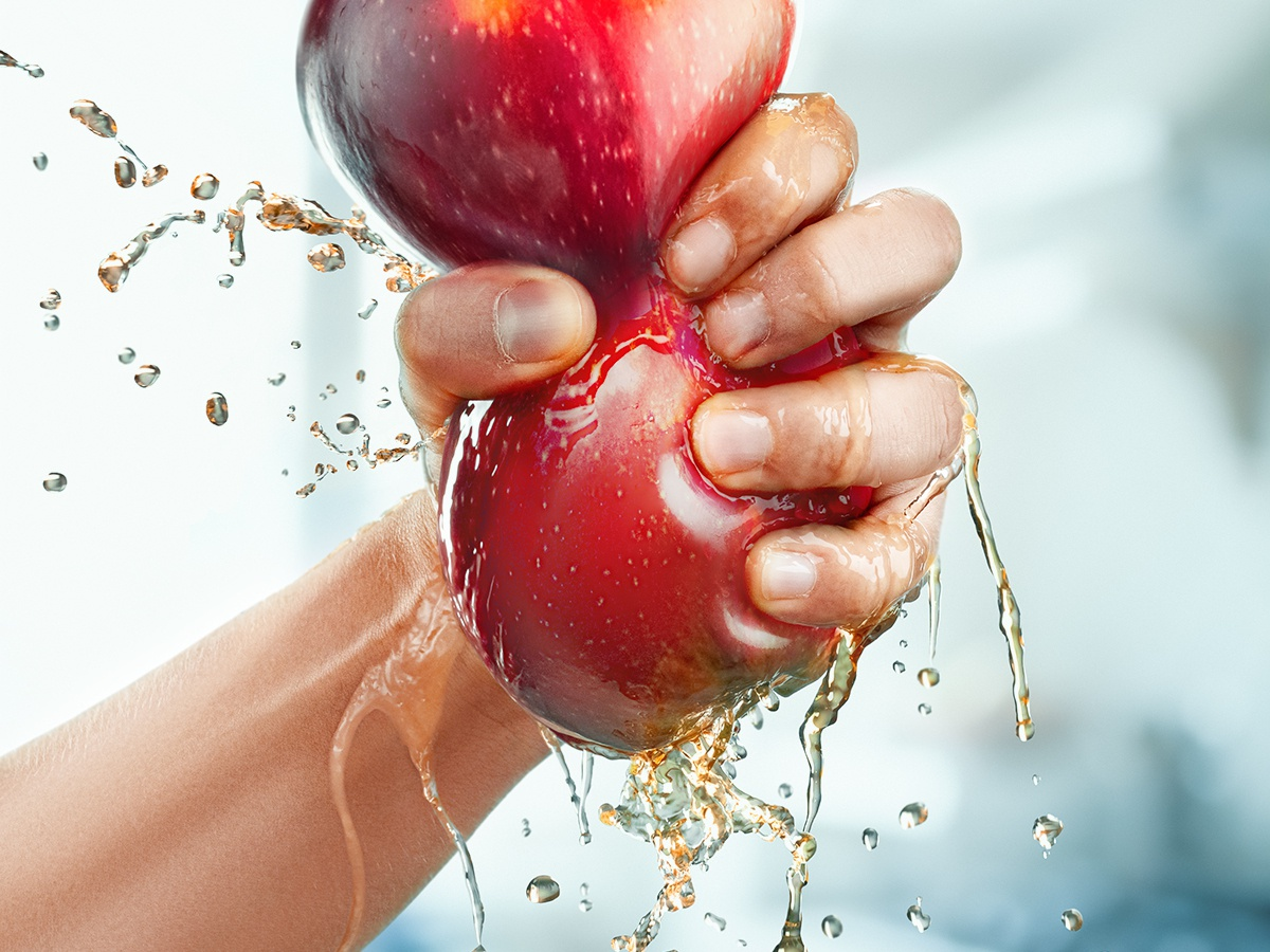 juicy apple fresh drink water hand juice splash design artwork photomanipulation photoshop photocollage composing collage apple