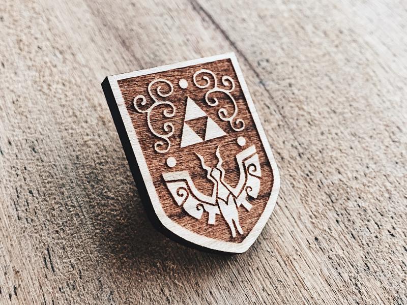 Wind waker hero shield wooden pin