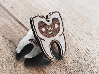 Glönn Monster Wooden Pin