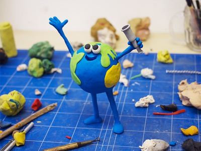 I AM NOT ALONE OUT THERE stopmotion earth puppet design character sculpting modelling clay plasticine