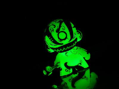 Trepidation Munny trepidation glow toy art toy contrast black character design