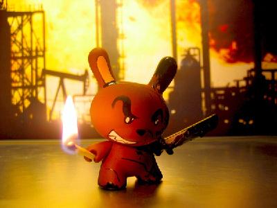 KFO hope change resolution tribal spiritual glow toy art toy contrast black character design revenge