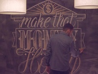 Video : Make that money honey