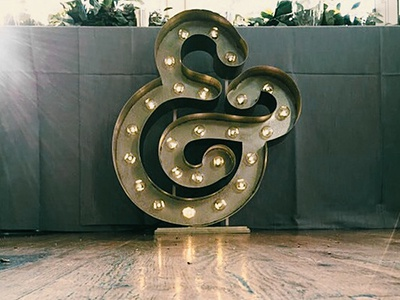 Ampersand Light