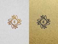 Elaìa - White and Gold