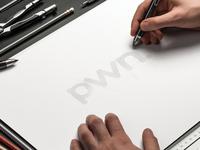 pwn logo sketching circles