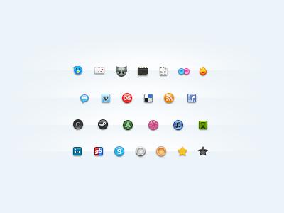 Dixhuit becomes Seize dixhuit icons stock pixel social mini web