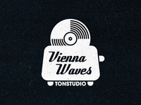 Vienna Waves Logo